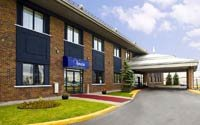 Park Inn Hotel Montreal Airport